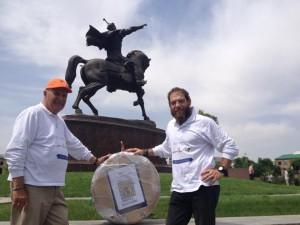 Entrega-ruedas-llegada-a-Samarkanda