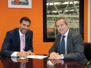 NACEX firma acuerdo con NISSAN